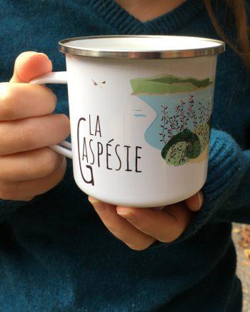 Mailys ORY - Graphiste   Illustration - Tasse en émail - La Gaspésie