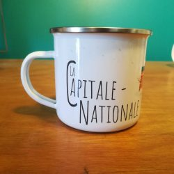 Mailys ORY - Graphiste | Illustration - Tasse en émail - La Capitale-Nationale